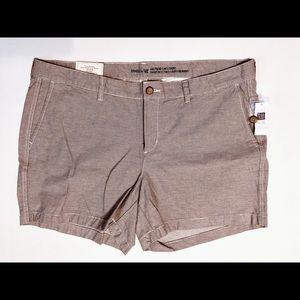 "GAP Khaki 5"" Shorts Size 16"